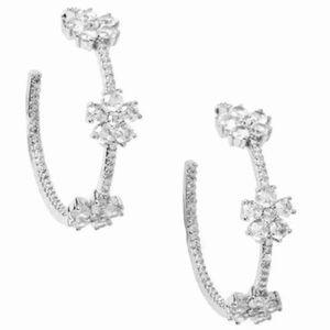 $88 Kate Spade gleaming gardenia hoop Earrings